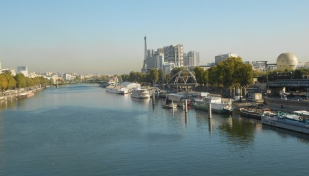 Paris and la Seine, from Pont du Garigliano, Oct. 20, 2011