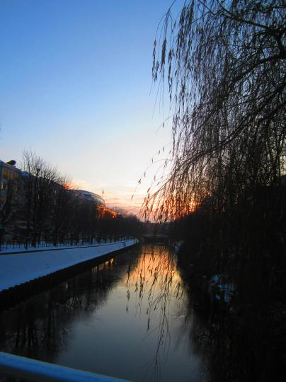 morning light on the canal, along Lützowufer StraBe, Berlin, Dec. 12, 2012