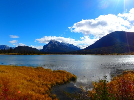 picture of Vermilon Lake, Banff, Sept. 27, 2015, taken during a nice noon run compensating for the awful morning run in the freezing rain! Too bad I got stung by a bee or a wasp during that run, In the nose. It really hurts!!!