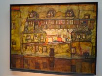 Egon Schiele, House with shingles, 1915