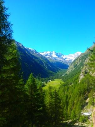 valnontey valley